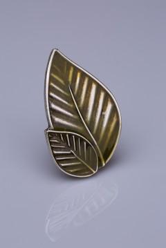 Zeytin Yeşili Mine Gümüş Kaplama Mıknatıslı Broş 05-0909-25-12