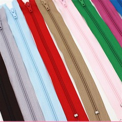 20 cm Uzunluğunda Renkli Naylon Fermuarlar-1